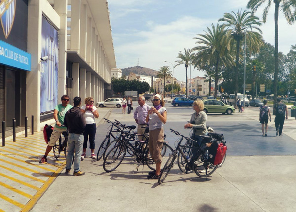Cycling routes in Malaga – Malaga Beach Promenade